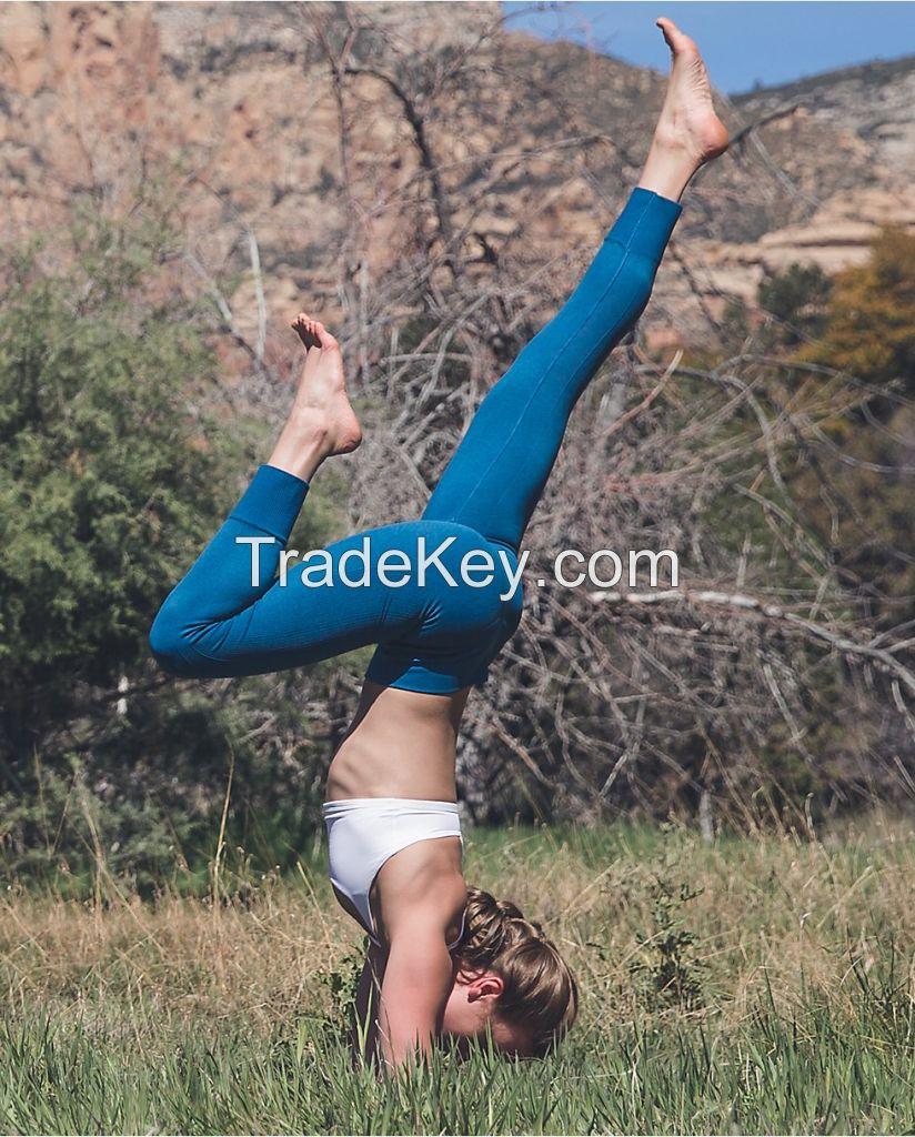 Santoni performance seamless yoga pants for sports activity