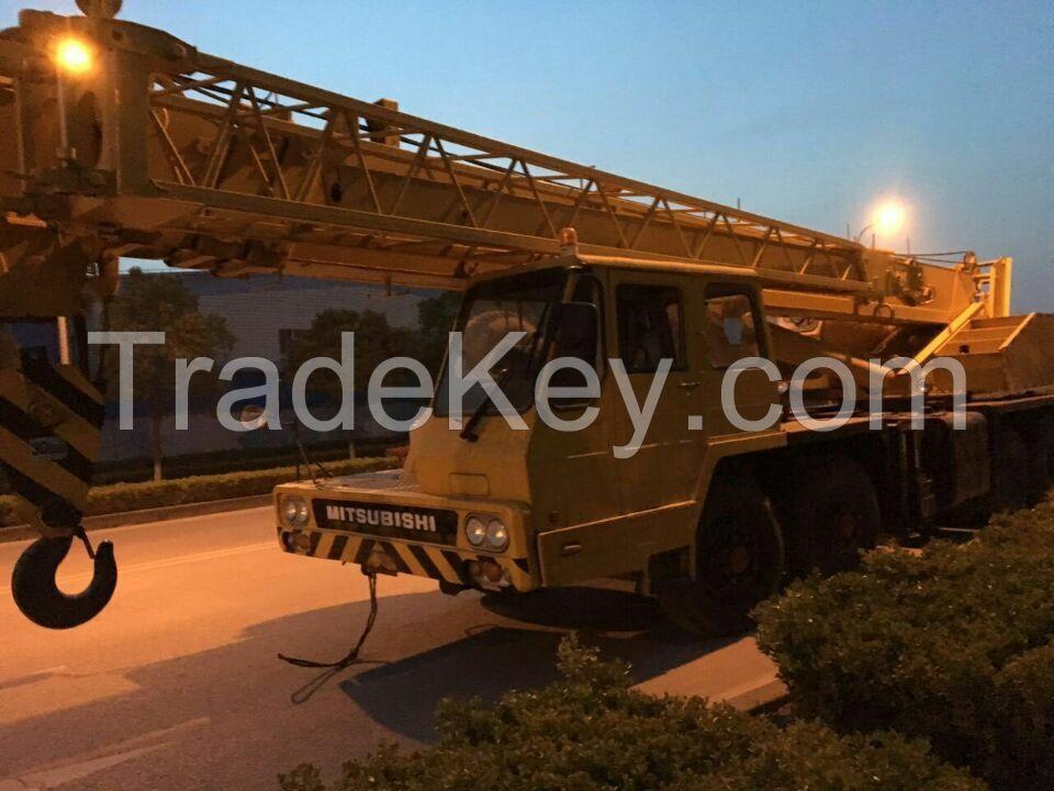 Japanese Original 30t Truck Crane,Used Tadano TL-300E Truck Crane,Cheap Hydraulic Cranes
