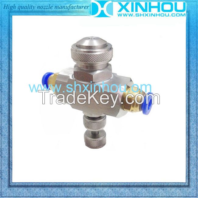 Direct air humidifying full cone atomizing nozzles