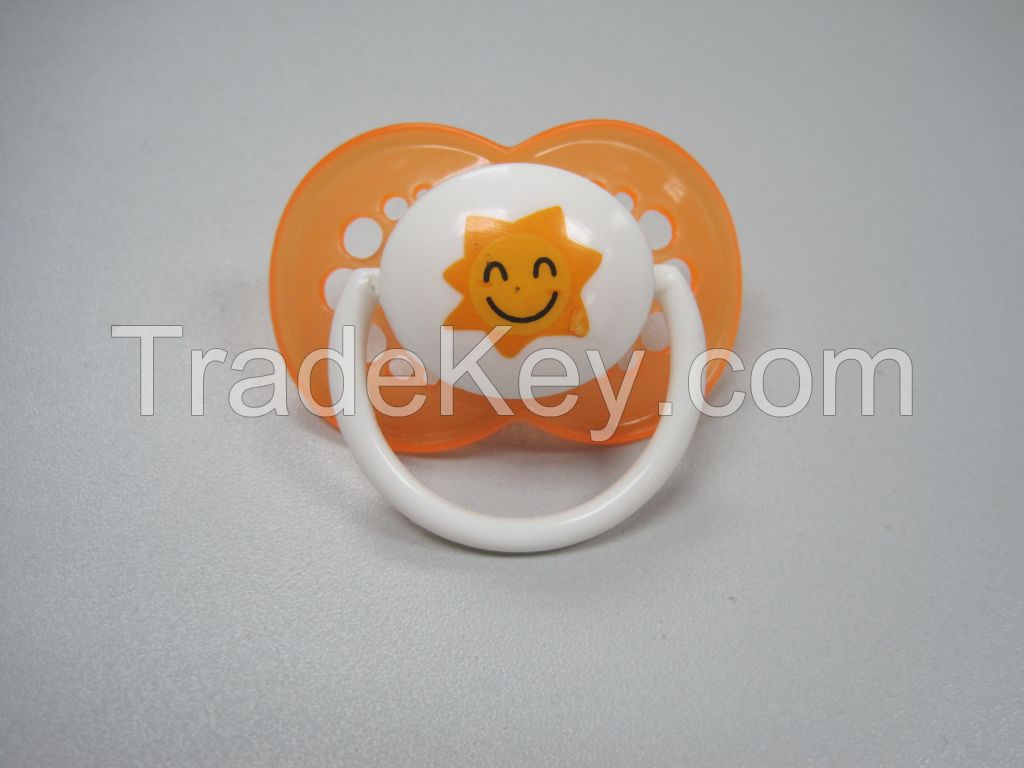 factory wholesale latest design low price baby funny silicone pacifiers with good quality