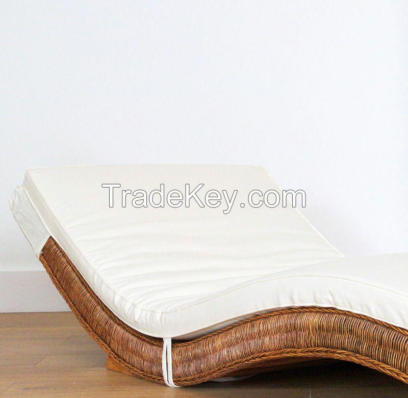 Natural rattan sun bed, model MRW-LETNO-01