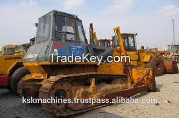 used bulldozer D65E