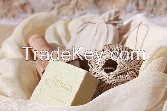 daphne natural soap