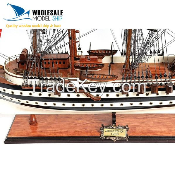 AMERIGO VESPUCCI PAINTED MODEL SHIP