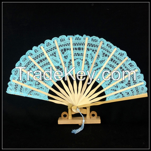 Hand Embroidery Bamboo Based Craft Lace Fan For Western Style Court Wedding