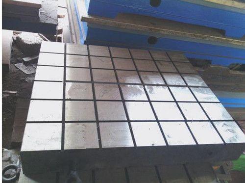T-slotted cast iron/steel floor plates