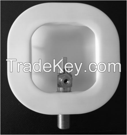 Ice maker outlet box