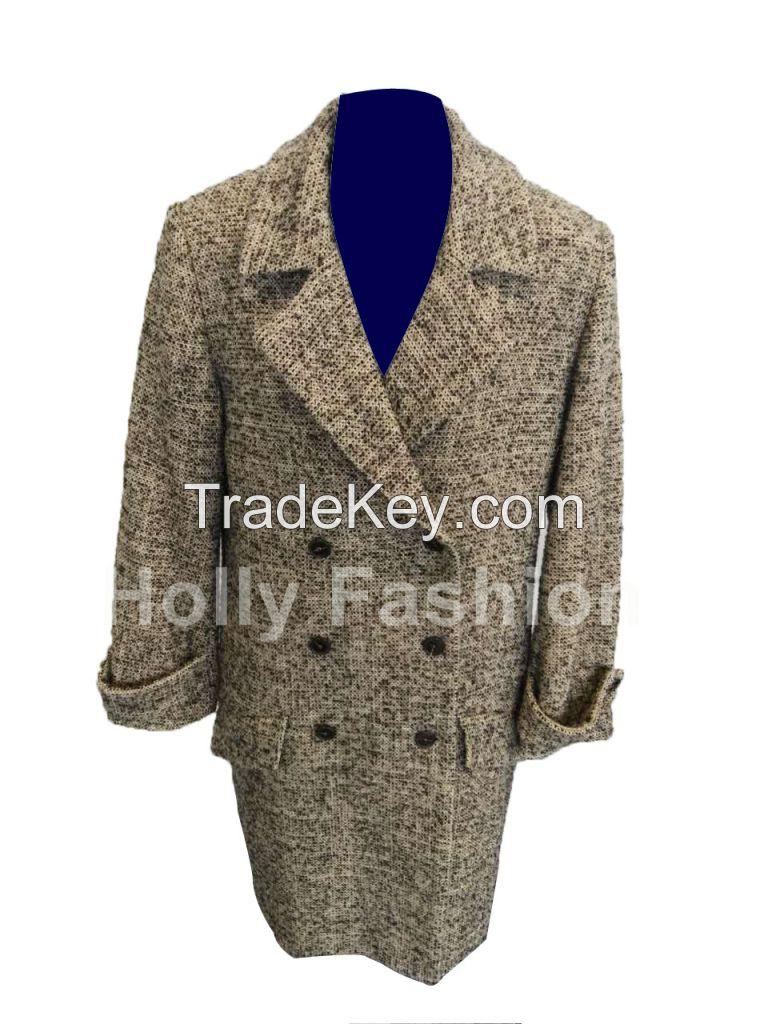 Lady's woolen coat