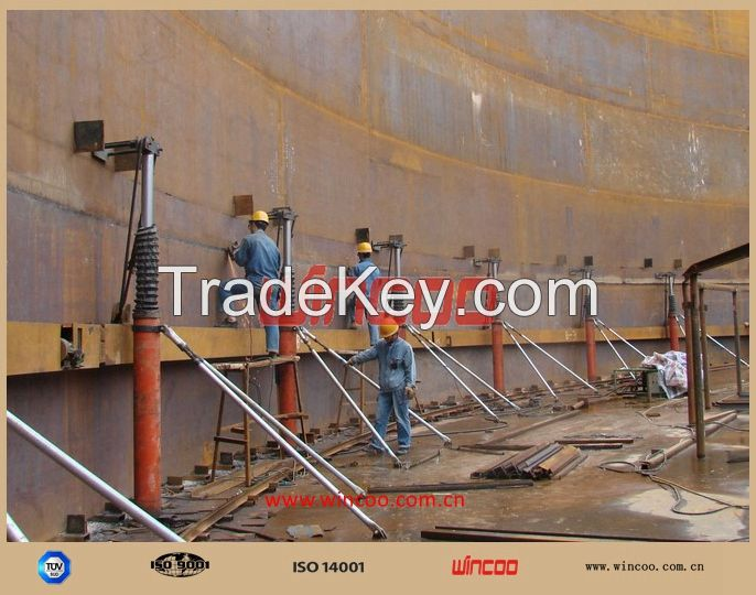 hydraulic jacks used for tank construction