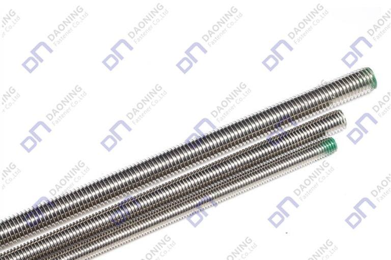 IN975 DIN976 Thread rods/studs
