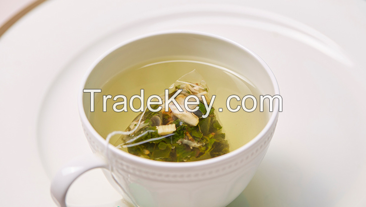 Chunchi Green Food Triangle Bag Ginseng Oolong Tea Bag 15 Bags / Box