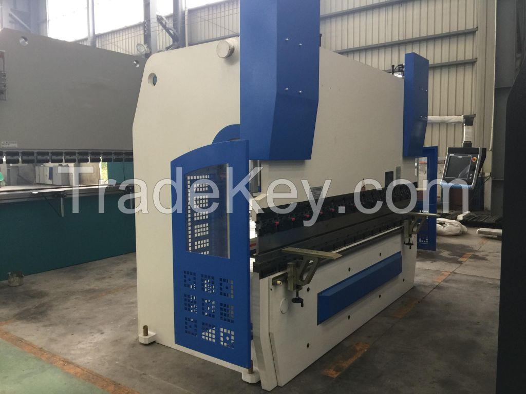 Hot!!! High Quality Hydraulic Press Brake (WC67Y)