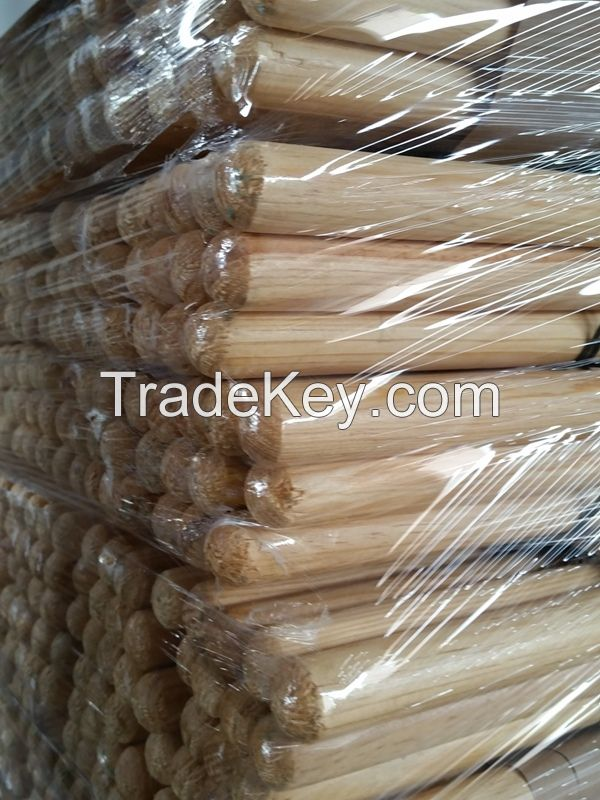 Wooded Broom and Mop Handles / Dowels