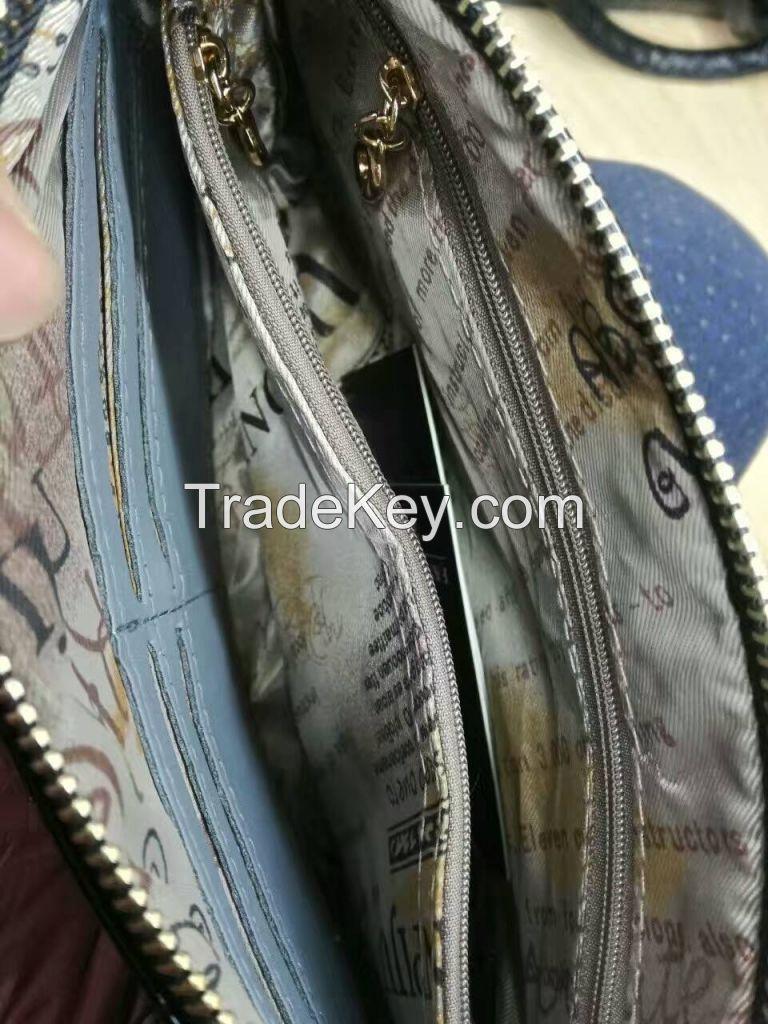 China Wholesale Black Fox Button Clutch Bag
