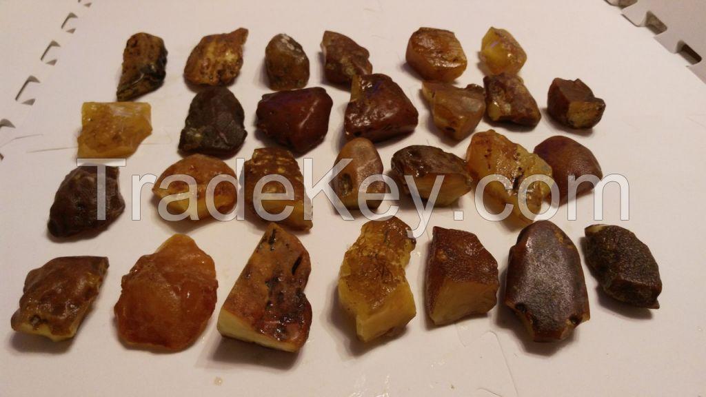 NATURAL BALTIC RAW AMBER MATERIAL 2-5 gr