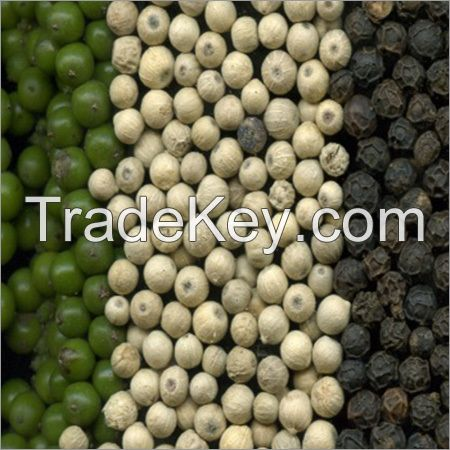 Finest Grade Organic White and Black pepper