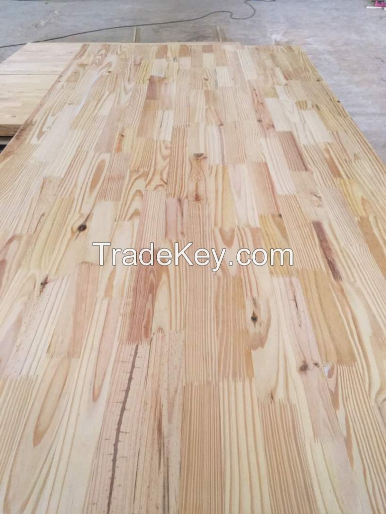 Southern yellow Pine Board ( Canadian Species )