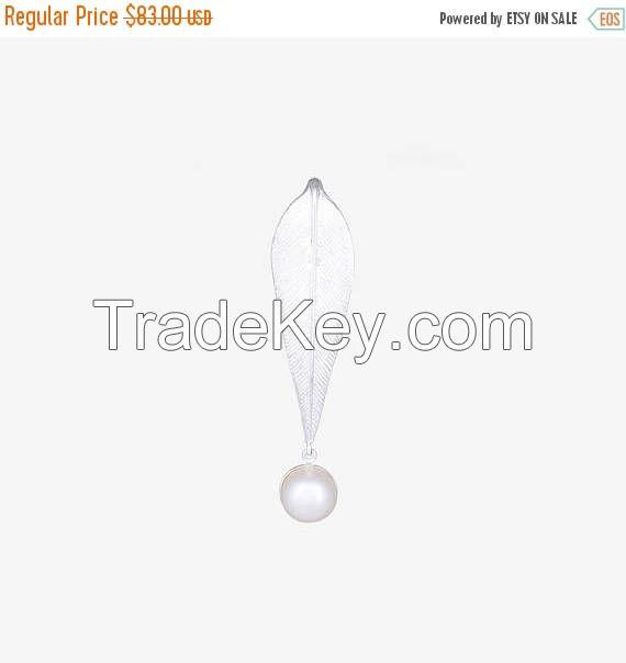 Spring Sale Banana Leaf Drop_Sterling Silver Pearl Pendant_ Silver Pendant_Pearl Pendant_Silver Pearl Pendant_ Handmade Silver_ Handmade Pen
