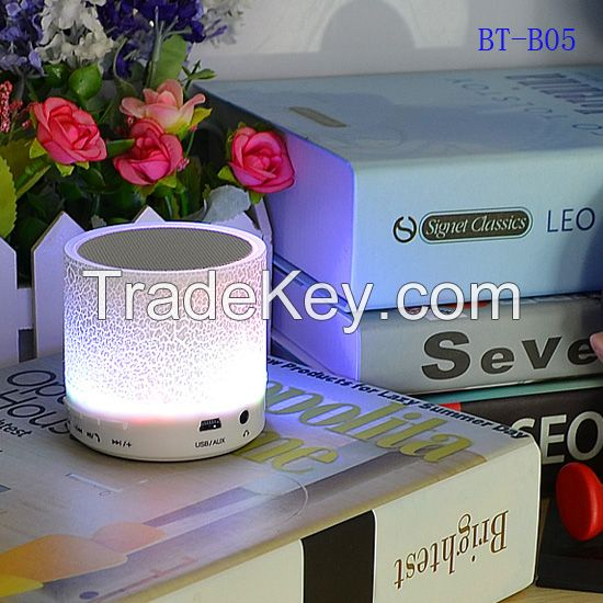 New arrived bluetooth speaker with fm radio , fm radio usb sd card reader speaker