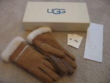 brand new UGG gloves with waranty