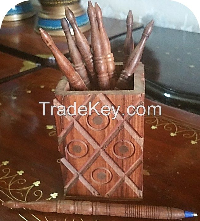 wooden wall clocks wooden jewelery boxes wooden fruit baskets wooden lamps and other home deoration pieces