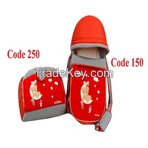 Baby Carrycot with its Diaper Bag