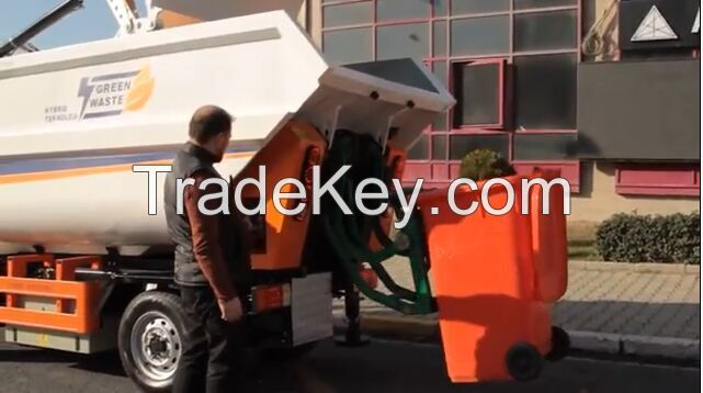 rear side garbage collecting vehicle