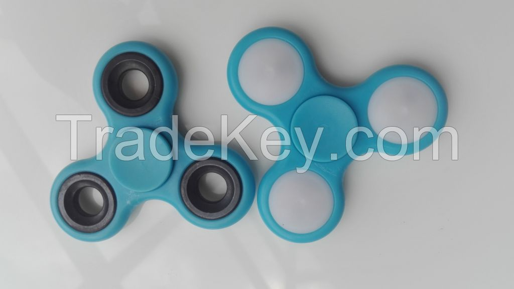 Logo printing custom 2017 hot popular kid adult hand finger toy fidget spinner with competitive price