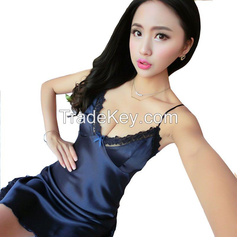 Fashionable Designer Dresses for Women