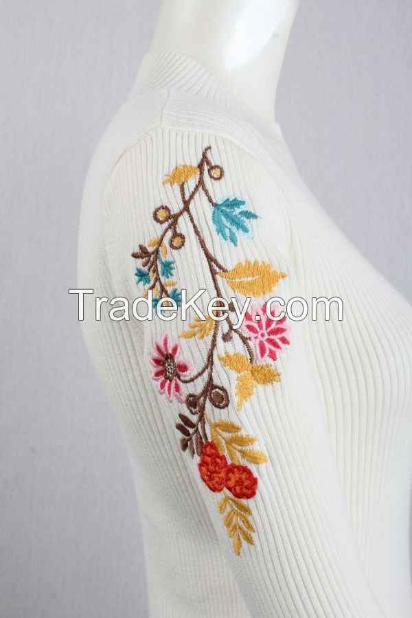M71035 Flower Embroidery Ladies Knitting Pullover