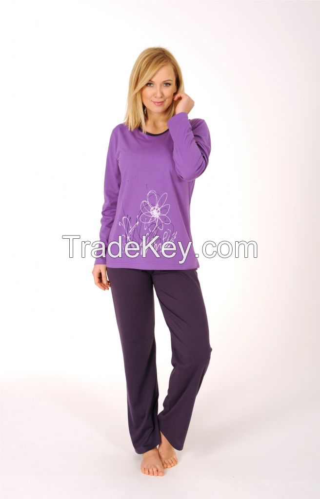 Ladies pyjama suit