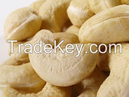 Raw and roasted cashew nut kernel for exportation