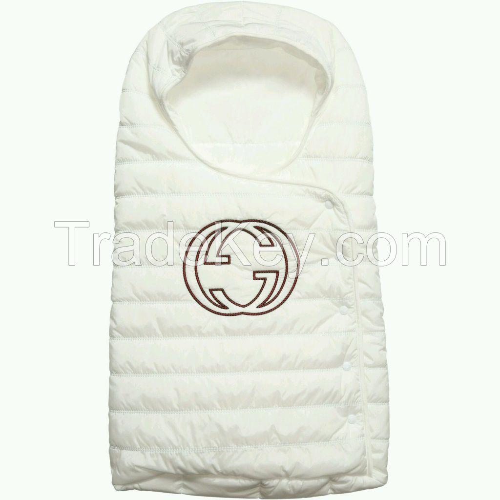 NWT NEW Gucci baby boys girls uni GG white sleeping nest bag stroller footmuff