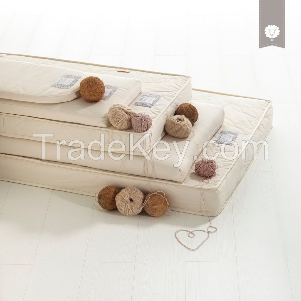 The Little Green Sheep Natural Twist Cot Bed Mattress