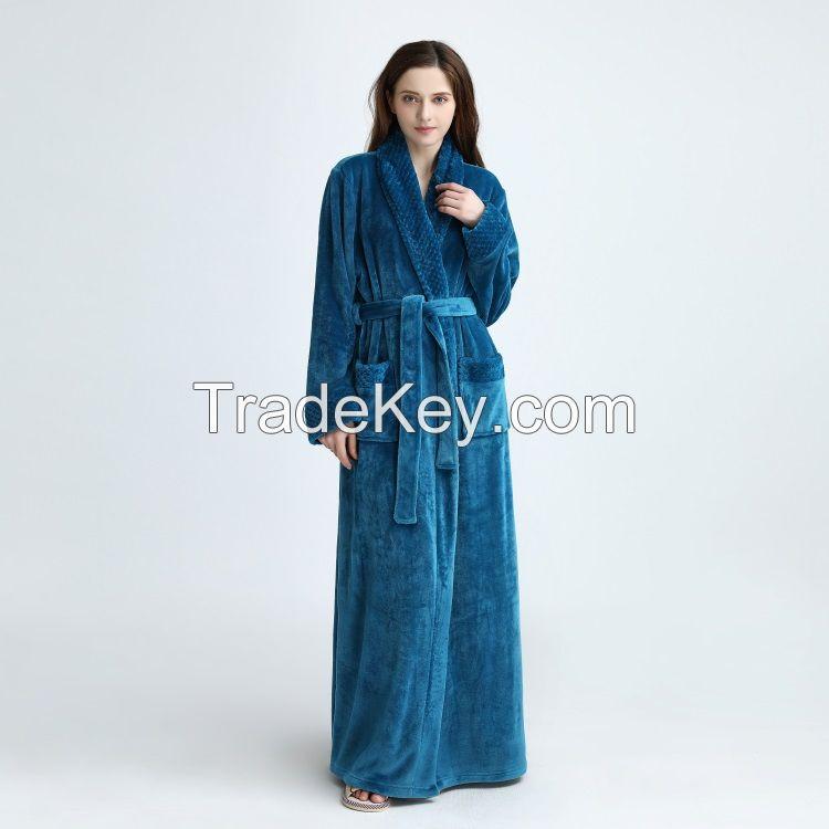 Chinese supplier high quality  flannel fleece/coral fleece bathrobe