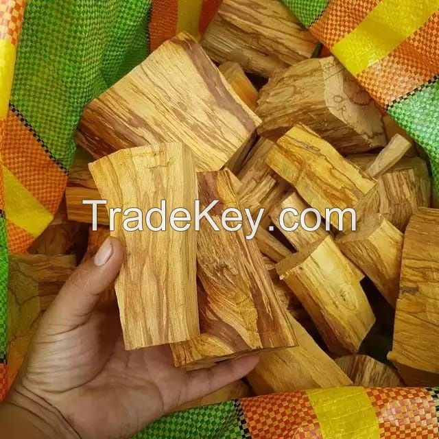 Palo Santo Incienso Natural - Sacred Wood - Holy Wood Stick, Bursera graveolens incense