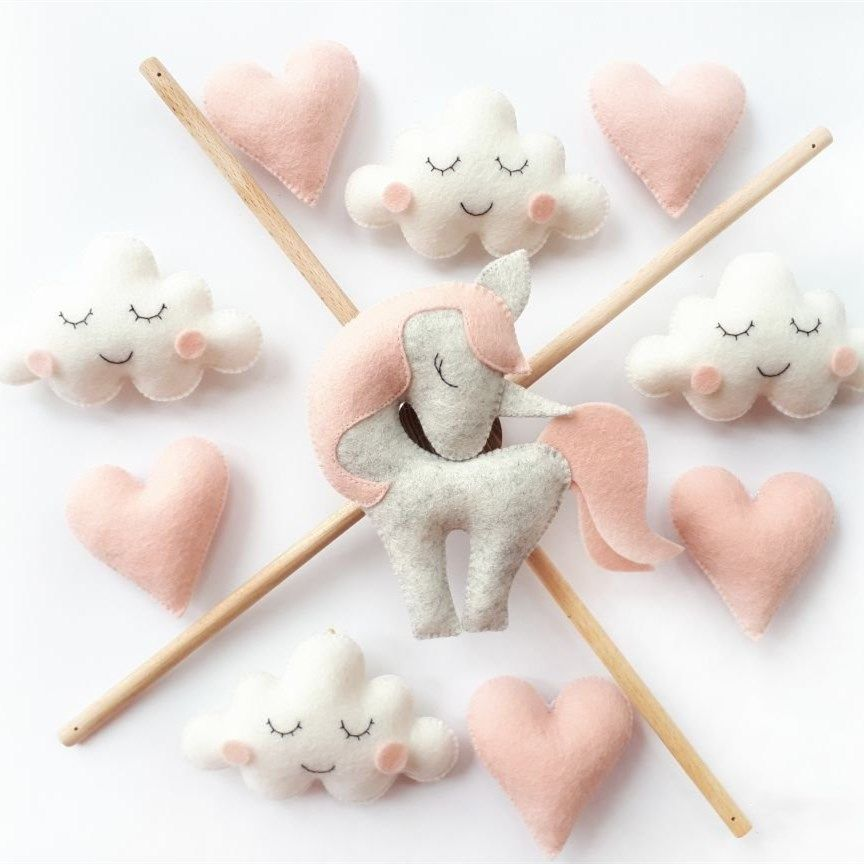Customized 100% handmade wool felt baby mobile factory