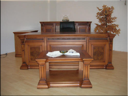 Cihangir Table