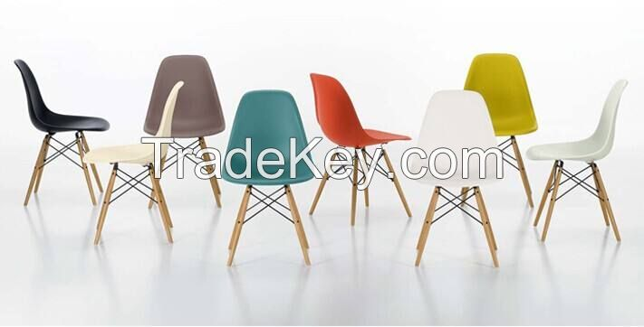 Plastic chair Eames