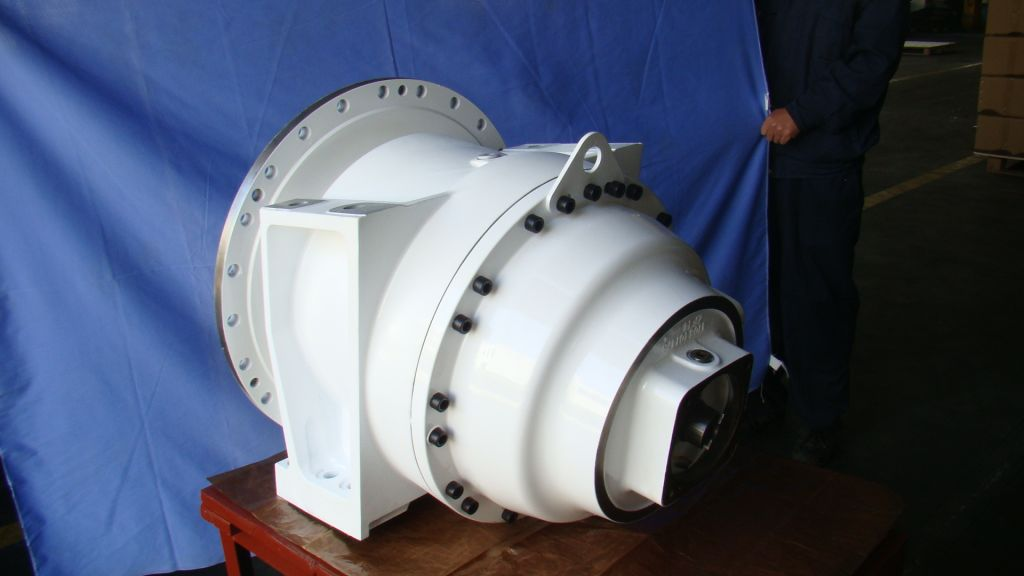 Gearbox for concrete mixer truck