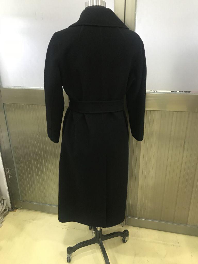 woman's cashmere coat