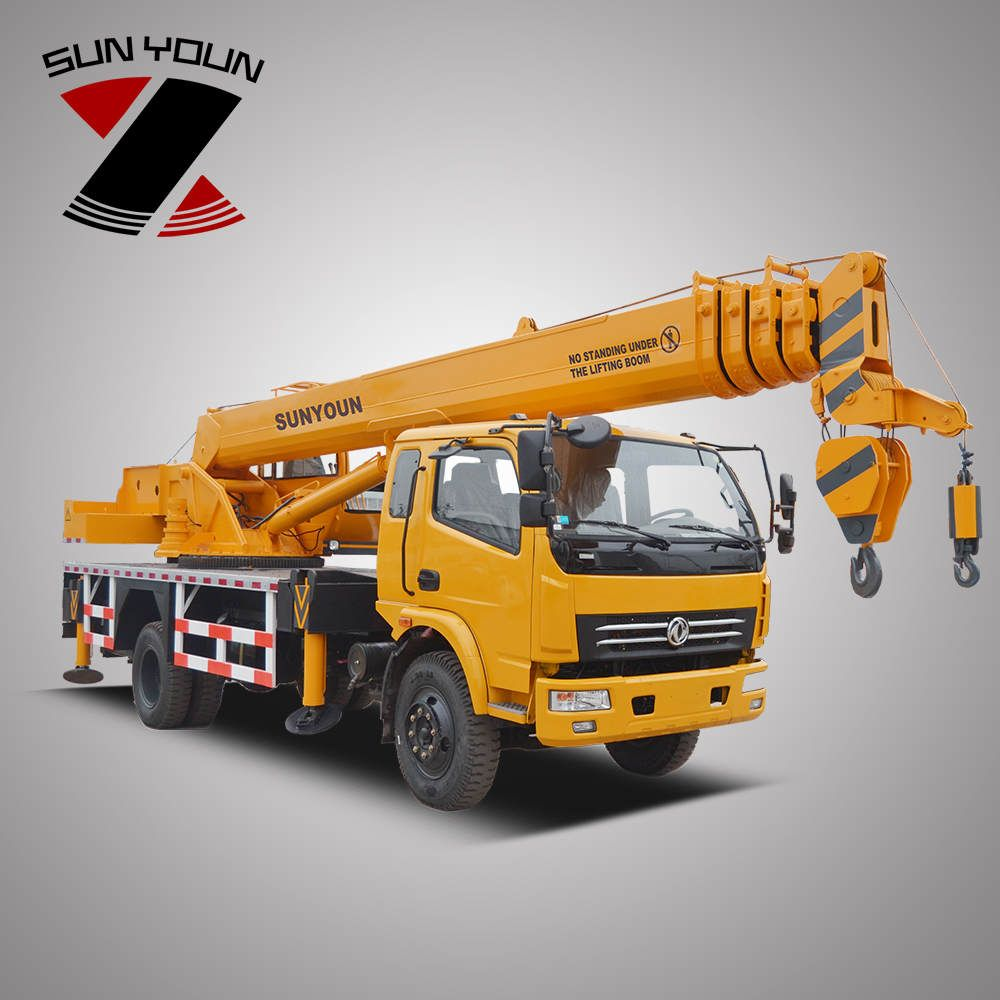 Factory Price 4*2 Truck Crane 10 Ton from China