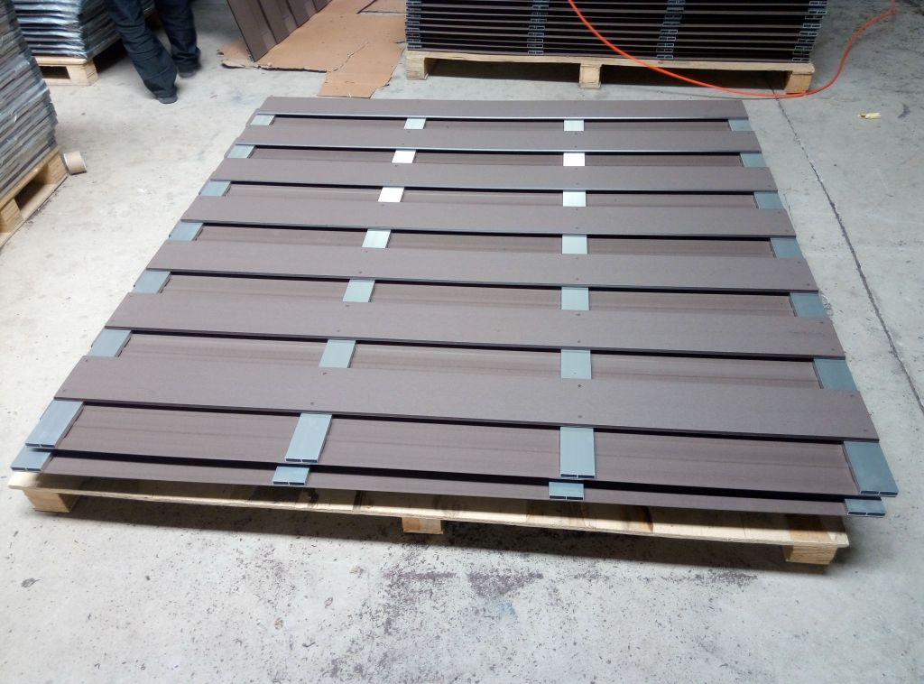 Spray Colouration Aluminium alloy - wpc fence