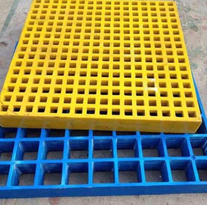 Anti-slip composite reinforced plastic FRP fiberglass grating