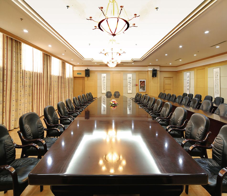 factory direct price office furniture meeting table made in China