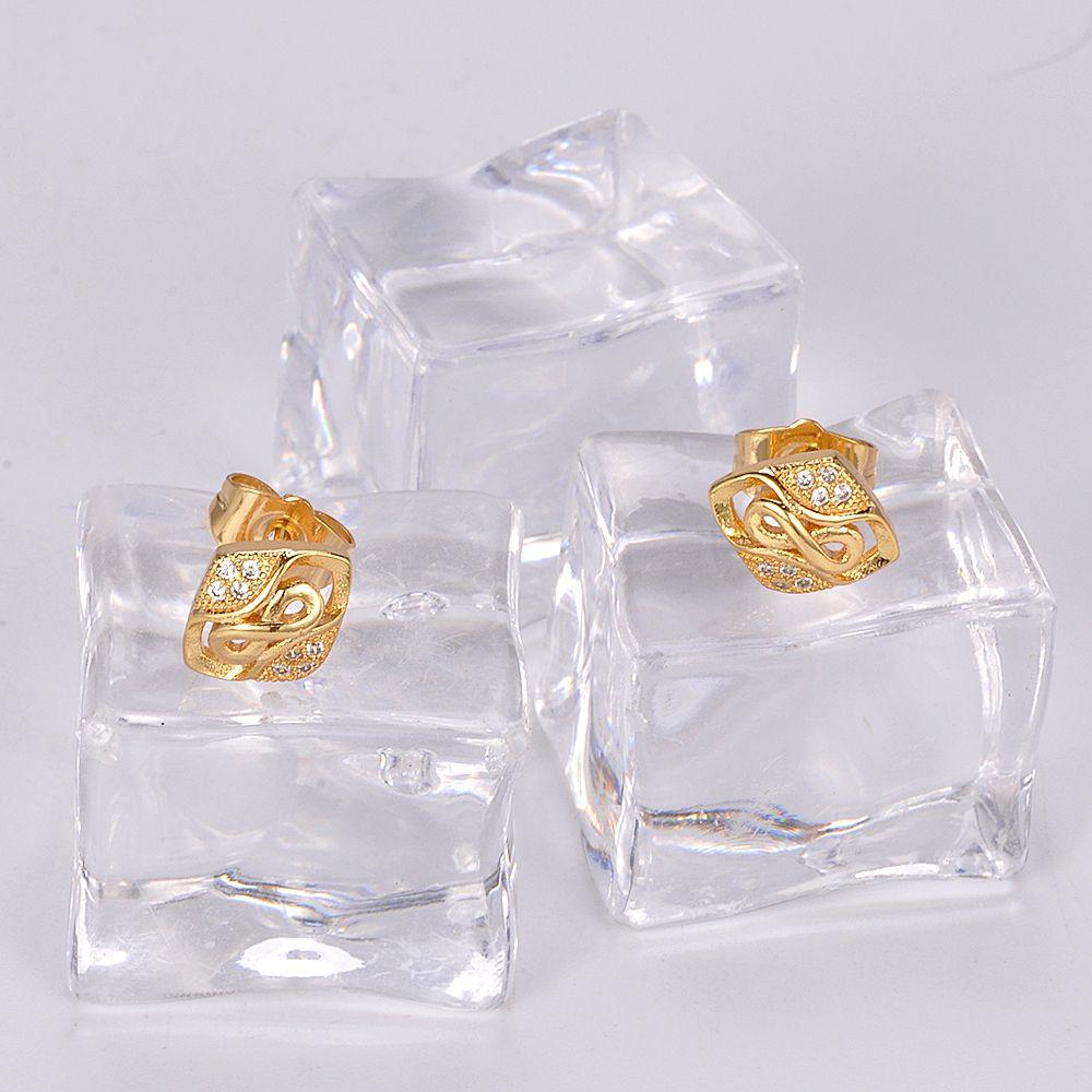 2017 factory direct wholesale butterfly sharp 18k gold beautiful designed earring for women