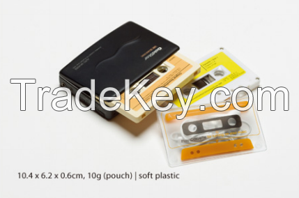 Cassette shaped pouch for earphones-replay404