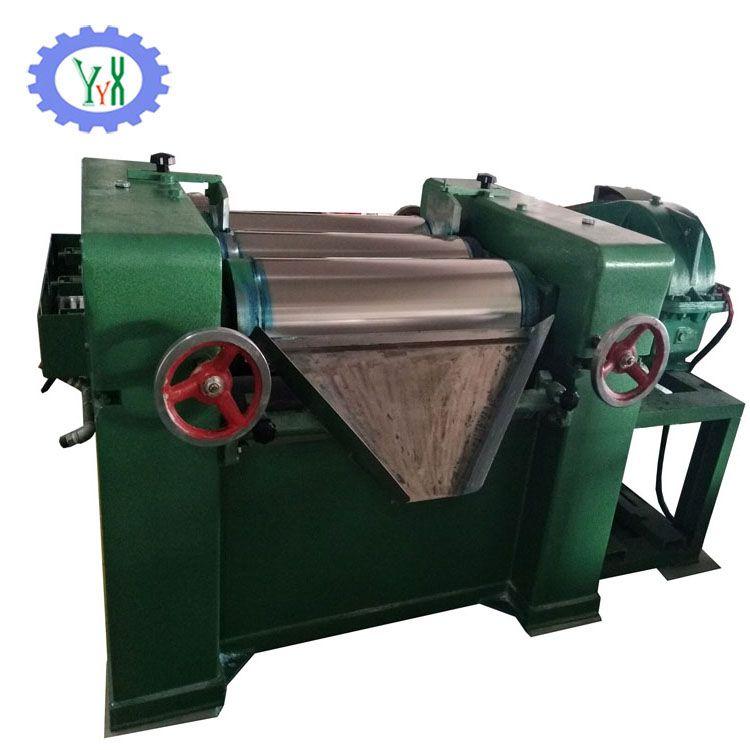 Three roll grinding machine