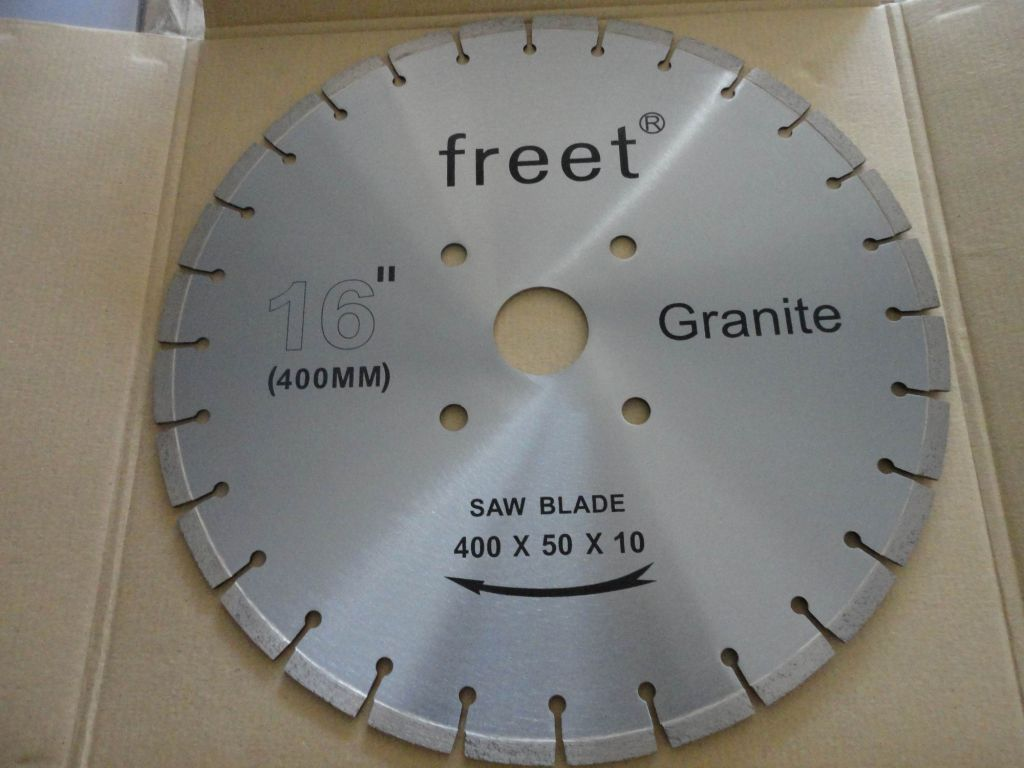 Diamond cutting blade and segments for granite and sandstone