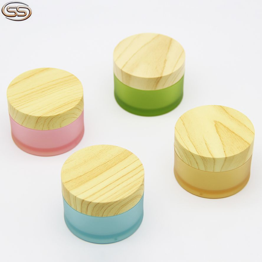 PET plastic frosted cream jar with wooden lid